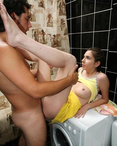секс машина в туалете