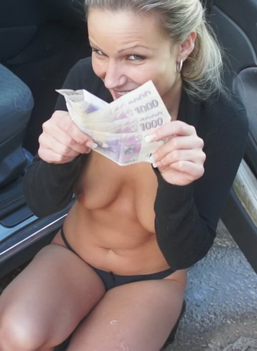 Holly - PublicPickUps - Giving Holly A Ride (2012/HD/904 MiB)