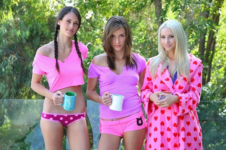 Tiffany Thompson, Sammie Rhodes, Malena Morgan - Sexy Morning [WeLiveTogether/RealityKings] (2012/SD/379MB)