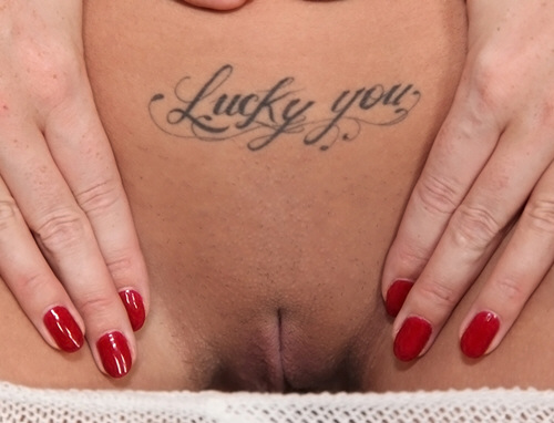 Paige Turnah - MikesApartment - Lucky You (2012/SD/431Mb)