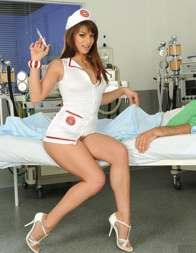 Eliska Cross - Naughty Nurse Eliska is more than helpful (2010/PixAndVideo.com/21Sextury.com/HD)