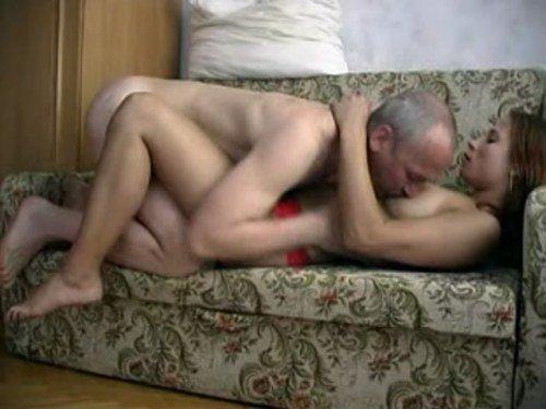 порно старый и его молодая любовница
