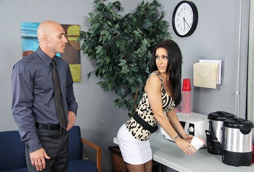 Jessica Jaymes - Fuck The Future Boss (2010/BigTitsAtWork.com/Brazzers.com/SiteRip)