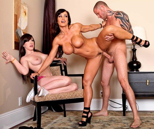 Lisa Ann - Don't Tell Mom The Babysitter's a Slut (2010/Mommygotboobs.com/Brazzers.com/SiteRip)