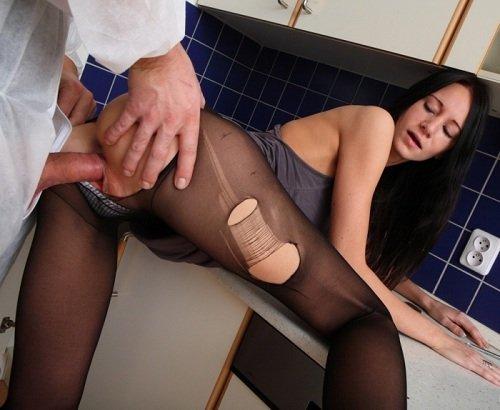 Секс девушек с сантехником