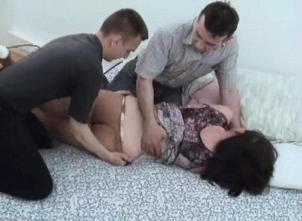 порно сочную старушку