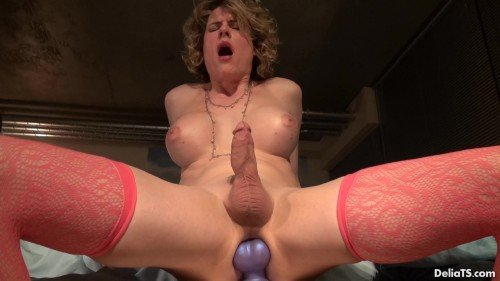 DeliaTS - Delia - Purple Dildo With Balls (2015/FullHD)