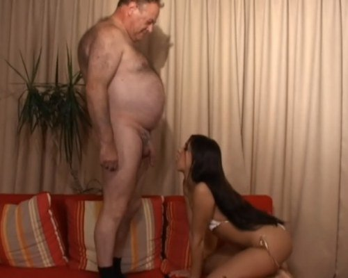 Порно Толстый Мужик Ебет Молодую