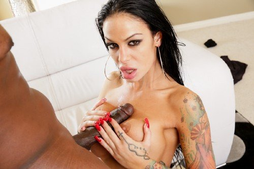 Angelina Valentine, Maxine X - Oiled Up (2011/HD)