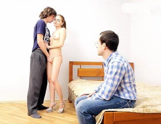 жена изменяет с любовником фото